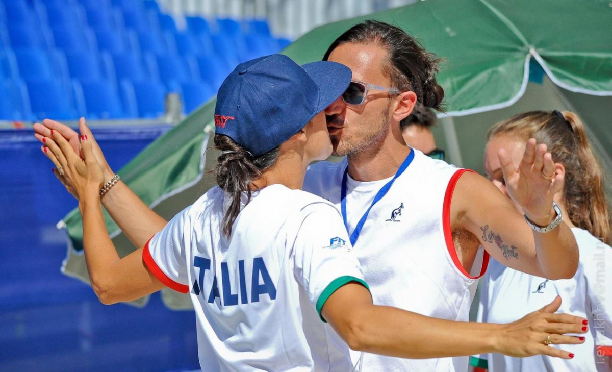 Part 8. Beachtennisinquarantine with Federica Bacchetta & Michele Folegatti.