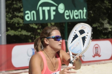 Beach tennis camp with Nataly Timofeeva