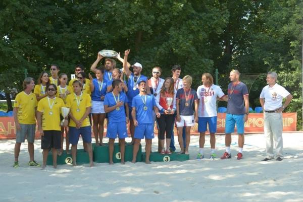 Всероссийская Ассоциация пляжных видов спорта поддержала сборную России по пляжному теннису